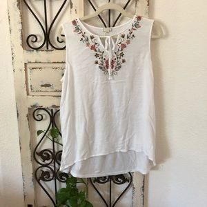 Eyeshadow white embroidered detail tank top